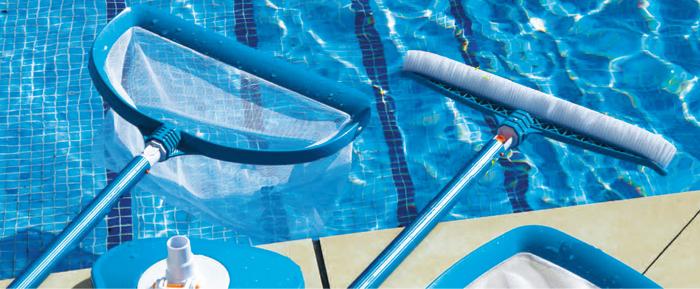 Las reglas de oro para una limpieza eficiente for Productos de limpieza de piscinas